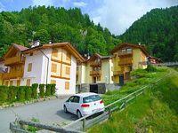 Mezzana Sasso Rosso holiday home in Mezzana-Marilleva - 50 sqm Max 8 people