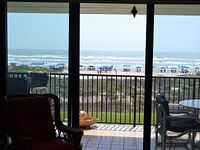 Huge 3 Bed 3 Full Bath With Glorious View And Easy Access To The Beach