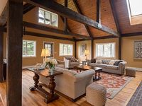 Beautiful bright open-concept 6 bed 4 bath Country Lodge w 14 acres IN ITHACA