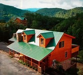 BEST 6 BEDROOM VALUE IN PIGEON FORGE GREAT RATES GREAT LOCATION