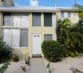 Une le Sunset House Cayman Kai Rum Point