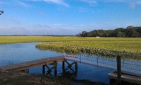 Waterfront Home-20 minute drive Charleston or Kiawah Seabrook Islands