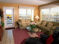 Lovely deluxe condo right on the beach Private patio - Seville 101