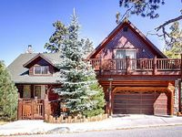 Luxury 4 Bd Family Cabin In The Exclusive Castle Glen Estates