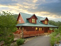 Fantastic Family Cabin 1 Mile from Dollywood Wi-Fi