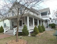 Great location remodeled sleeps up to 9 5 bedrooms 2-1 2 bath central air