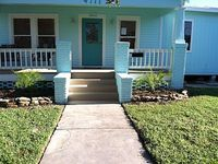Centrally Located 4 Bedroom 2 Bath 8 blocks from the beach