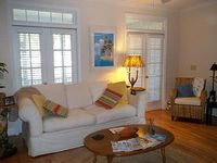 Beneath The Branches Vacation Cottage Cozy Steps To Golf Beaches Nearby
