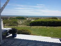 Relaxing Vacation Beach House 3Bed 2 Bath Sleeps 8