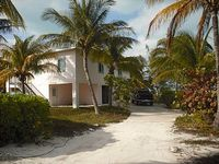 Pink Paradise Treasure Cay Bahamas - Waterfront Home On Marina