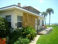 15 Steps to Sandy Beach Ground Floor Pool Sleeps 4-6