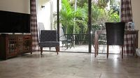 Hotel Quality Convenience Of Home Newly Renovated 2br Condo On Coral Beach