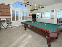 3 King Suites Large Game room w Pool Table Arcade Big Back Porch w Hot Tub
