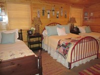 Private Quaint Barn-Cottage only 6 9 miles from the Oxford Square