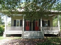 Historical Register Creole Cottage-Luxury Amenities-Pool-Near Beach- Restored