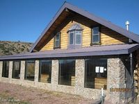 4 Bedroom 2 Bath Log Cabin With Propae Fireplace