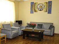 Apartment in Yerevan 3 bedrooms 1 bathroom sleeps 7