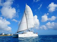 All-inclusive 52 ft luxury crewed catamaran - 5 star chef a c amazing reviews
