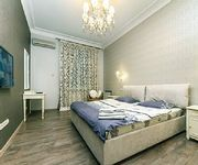 2 Bedroom VIP Apartment with Jacuzzi Fire-Place near Arena City
