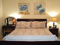 3 Bedroom 2 Bathroom with Mountain Views Sleeps 6 people Min 30 night stay