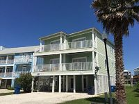 Great Rates Free Nights Pet friendly Walk to Beach