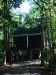 Beautiful Stilt Home Close To River Beaches