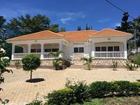 Furnished 2-bedroom Ensuite Spacious Clean And Tastefully Furnished