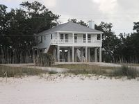 Beautiful Beach Oaks Place