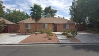 Beautiful Remodeled 5-Bedroom Home 5 Min From Strip