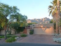 Oasis Of Mid Century Design In The Catalina Foothills