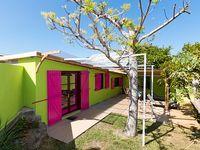 spacious villa 3 bedrooms all comfort large verandas and garden