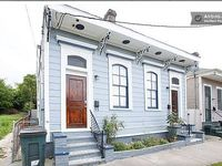 Charming Authentic MidCity Next to Street Car - 9 miles to French Quarter