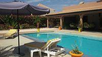 VILLA 3 BEDROOMS + LOFT -Pool PRIVATE AREA VERY DISCREET BASED JARD
