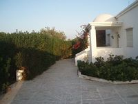 A holiday villa in a tidy plot of 2500m2