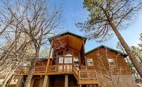 Luxury Retreat 5 acres w exclusive access to US Forest Trails