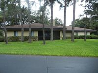 Clearwater Newly Renovated End Unit Villa Beautiful Setting Close To Everything