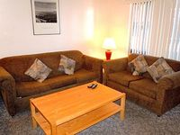 3 Bedroom Townhouse with Private Spa at the Base of Snow Summit Ski Resort