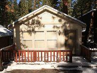 Cedar Pines Cozy 2 BR Bear Mountain Cabin WiFi BBQ