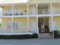 Newly Remodeled 2Br 2Ba Condo In Quiet Low Density Building For A Great Value