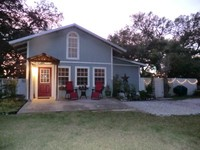 Camellia Cottage Your Private Retreat on the Gulf Coast