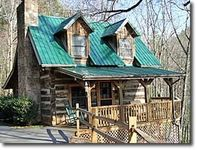 A Guest Favorite Authentic Log Cabin with 3 levels Hot Tub Pool Table Jacuzzi