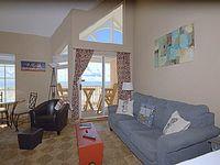 Grand Beach Penthouse 2 - 1Br + Loft 1 5 Bath