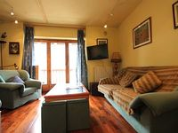 Cozy and warm apartment 300m of lifts