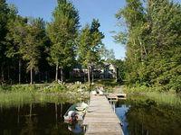 Nikodin Cottage on Lake Dalrymple
