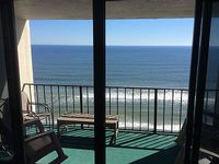 Oceanfront 3 Bedroom 2 Bath With Breath Taking Views And On The Beach