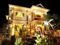 Villa in Krong Siem Reap 5 bedrooms 6 bathrooms sleeps 10