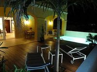 Luxurious 1 Bedroom 1 5 Bathroom Apartment With Deck And Private Pool
