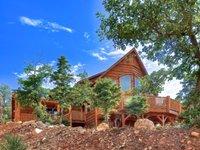 The Lodge at High Timber Ranch Endless Views spa pool t