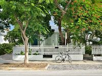 Duval Street Key West Caribbean Cottage With Private Pool