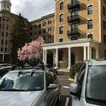 Adams Morgan DC beautifully furnished 2-bedroom + den close to all attractions